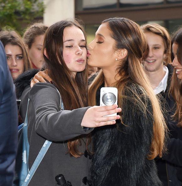 C'est votre chance de voir Ariana Grande cet ÉTÉ | HollywoodPQ.com