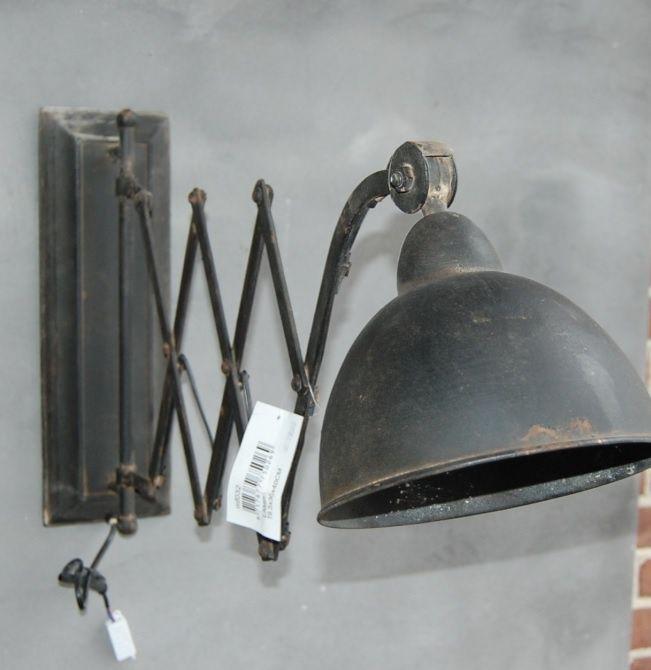 Prachtige industriële schaarlamp, met een oude look