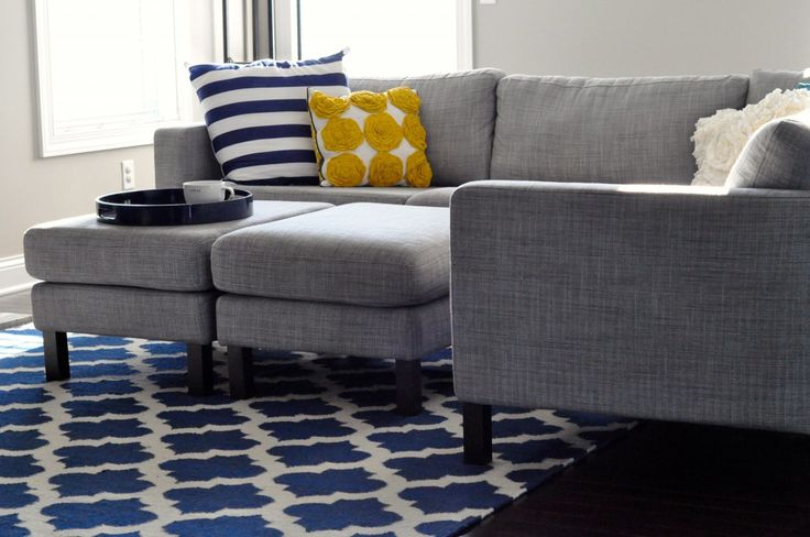 Gray and navy living room that 39 s what i 39 ll do been - Navy blue living room color scheme ...
