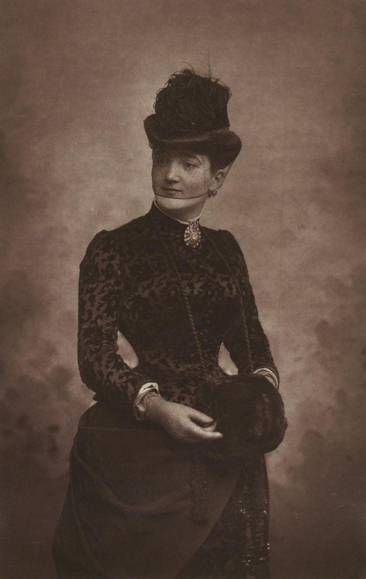 Emma CALVÉ (1858-1942)