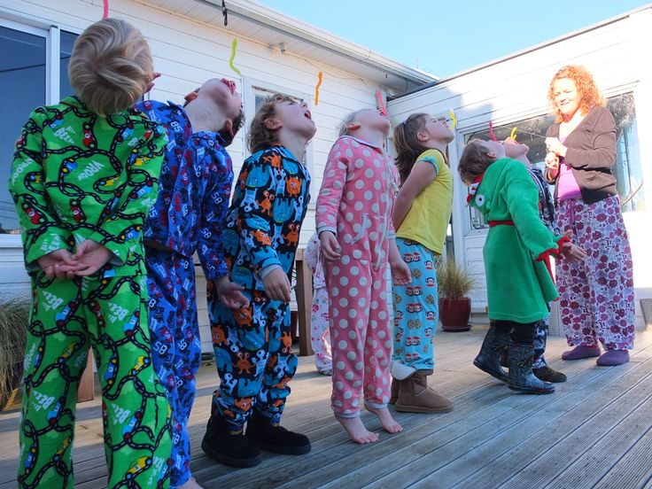 Wreck it wralph pyjama party. worms game. They each one a chocolate gold coin, with blue crepe paper like a ribbon as a medal for their efforts.