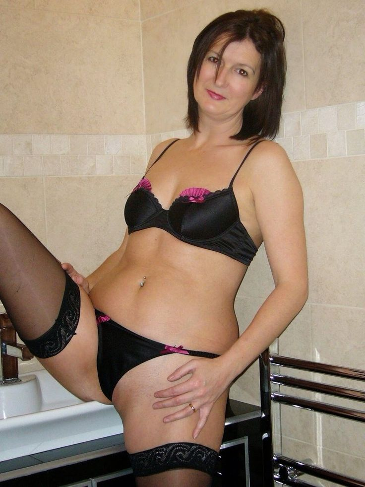 Mature Amateur Woman Video 19