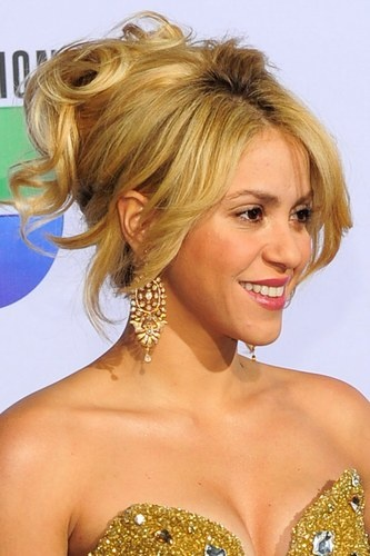 This effortless updo would be perfect for a summer soiree.