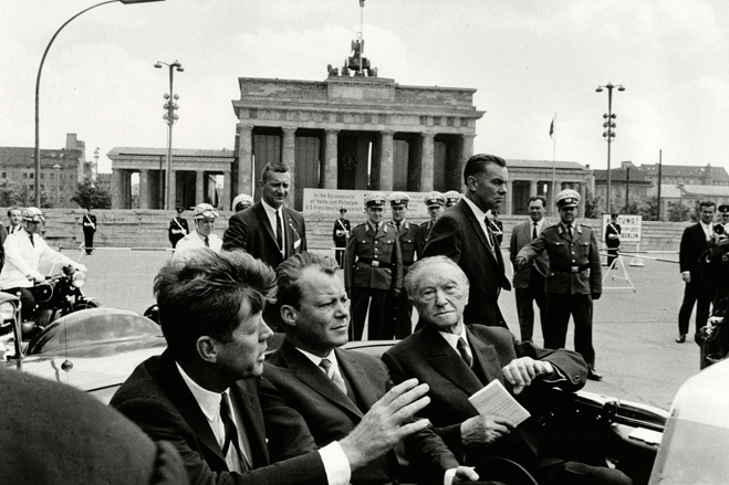 President Kennedy in Cold-War Berlin -- Photos - WSJ.com