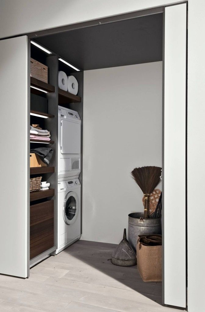 Oltre 25 fantastiche idee su lavanderia in bagno su - Porta phon ikea ...