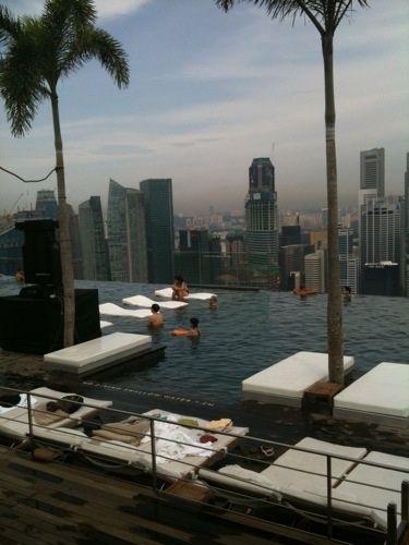 Marina Bay Sands Hotel, Singapore - infinity edge rooftop pool