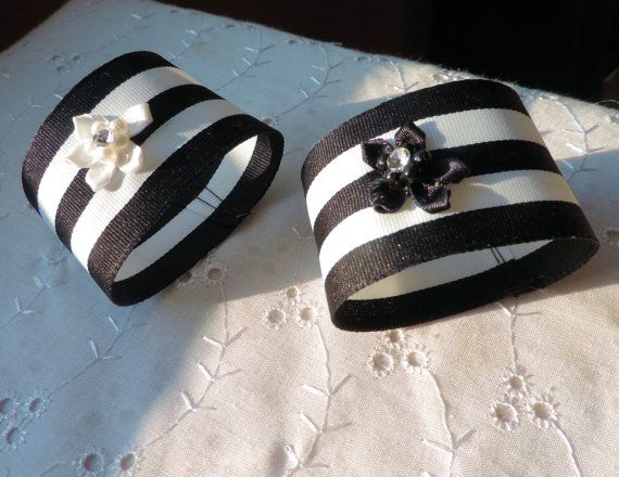 WEDDING NAPKIN RINGS Black and White by ModernClassicbyCarol