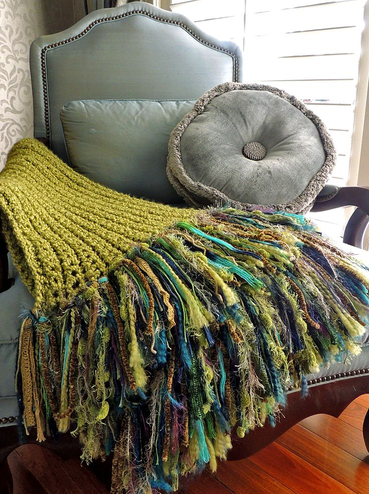 Crochet Patterns For Homespun Yarn : 1000+ images about Crochet Homespun Patterns on Pinterest ...