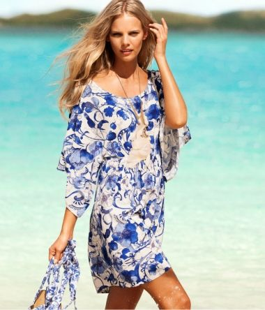 Graceful blue and white porcelain beach cover-up - omdear.com
