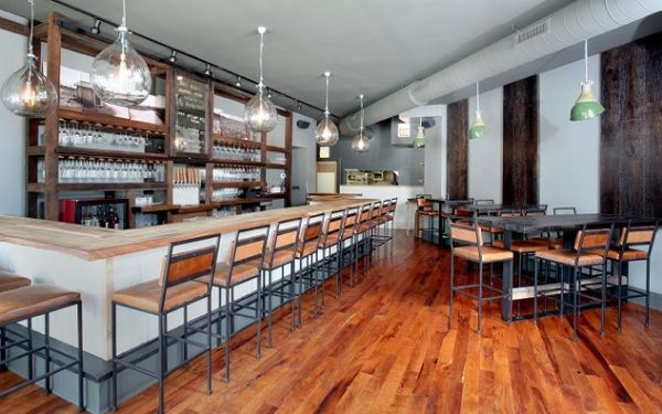 Telegraph (Chicago): A French-inspired wine bar and eatery avoids clichés with its rustic, industrial design | Fine