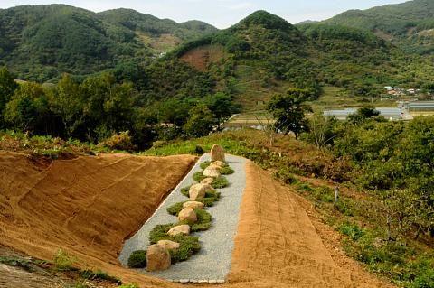 Jiri Mountain Tea Line, Korea, 2016