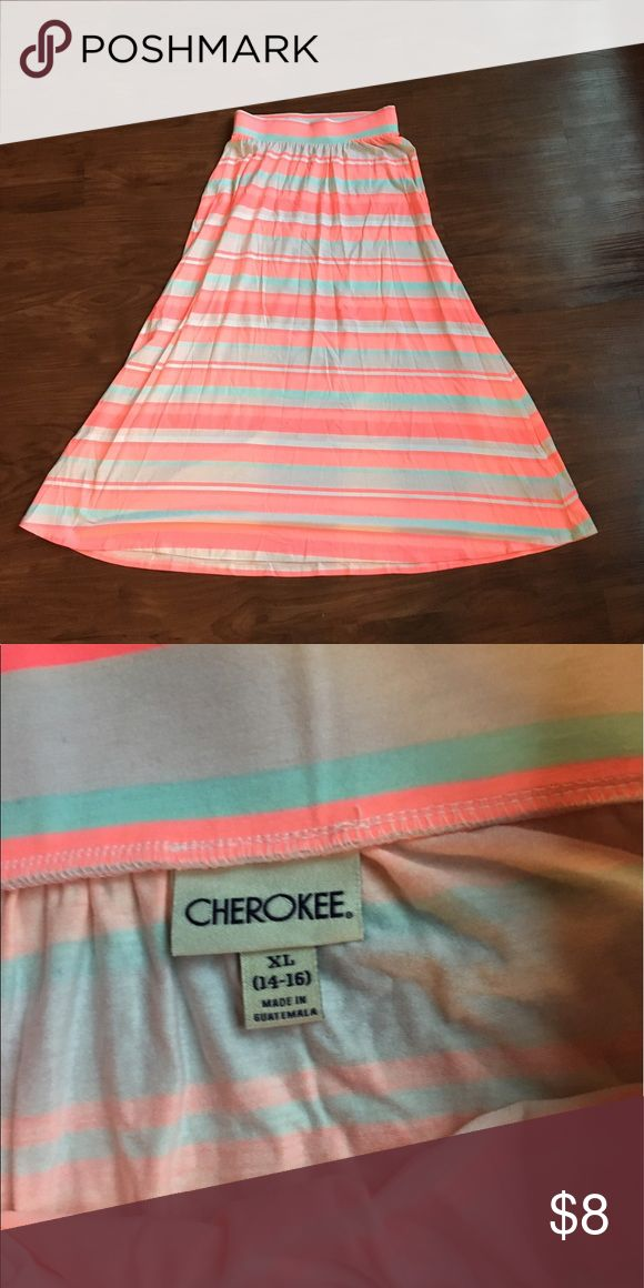 Pink & teal maxi skirt Great condition. Size 14-16. Perfect for spring time! Measures about 34 inches from top to bottom. Cherokee Bottoms Skirts
