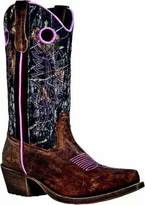 MUST HAVE! Muddy girl boots www.titanoutletstore.com