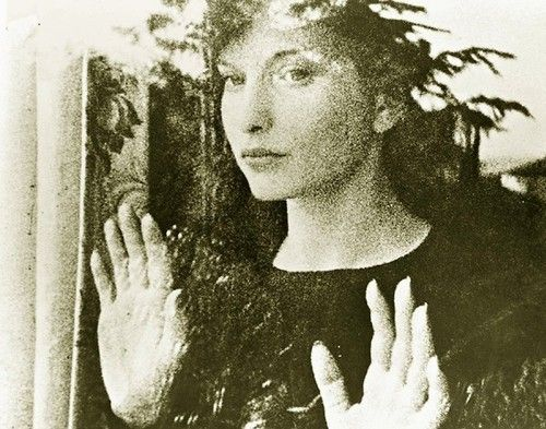 Maya Deren, still from Meshes of the Afternoon, 1943