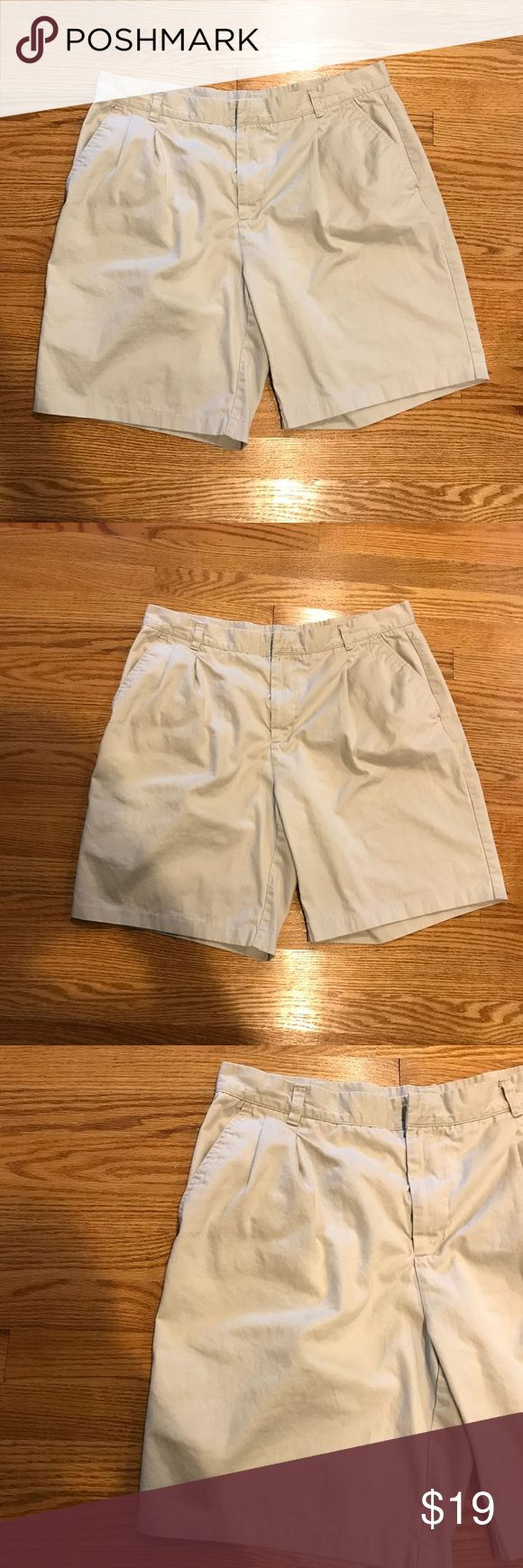 "Men's George Light Khaki Shorts Size 38 Men's George Khaki Shorts. Size 38. Preloved, in great condition! Made of 100% cotton. The waist flat across measures approximately 15-3/4"" and inseam measures approximately 9-1/4"". All measurements are taken while the garment is laying flat and are approximate! George Shorts"