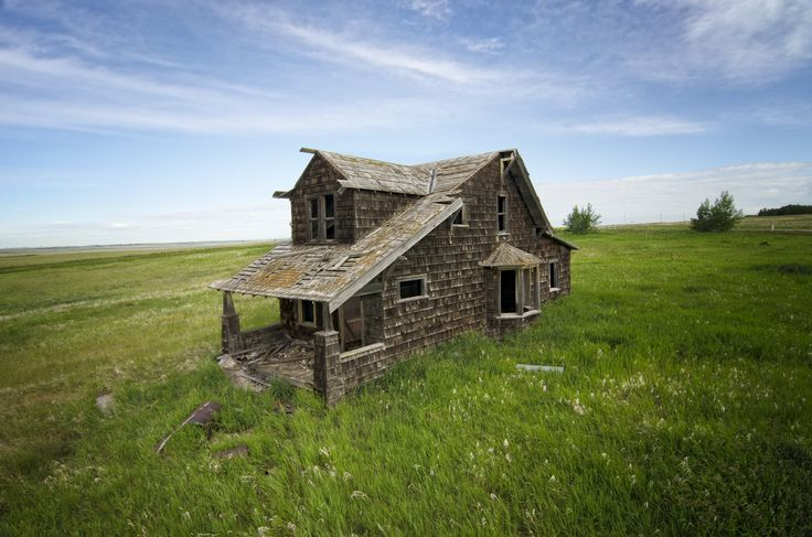 Abandoned house in alberta canada 2160x1431 r