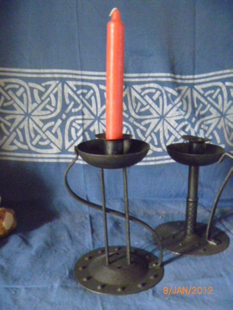 Candle Holder  Metal  Single Candle  Found by JanniesJunkandJems, €12.00
