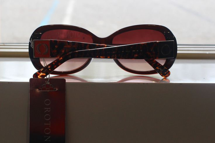 Beautiful T/S Ladies Sunglasses