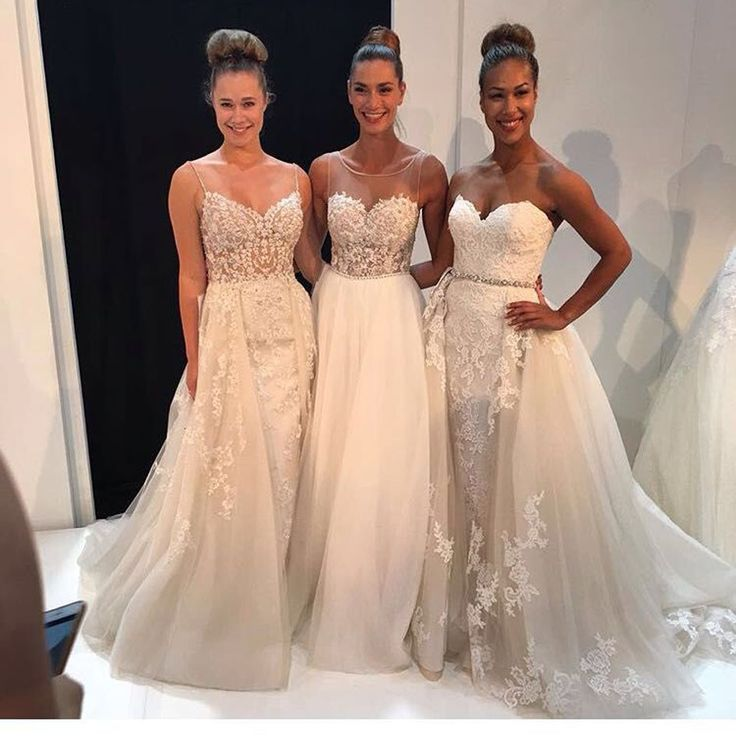 2017 Fashion Off the Shoulder Sweetheart Appliqued Beaded Sleeveless Straight Wedding Dresses with Overskirt