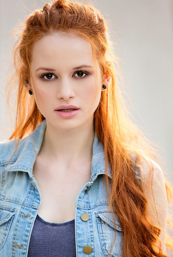Madelaine Petch:Cheryl Blossom in CW's RIVERDALE
