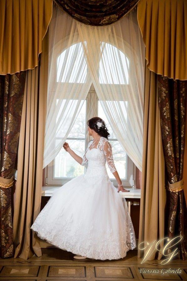 Suknia ślubna nr 1 z kolekcji Toscana #victoriagabriela #weddingdress
