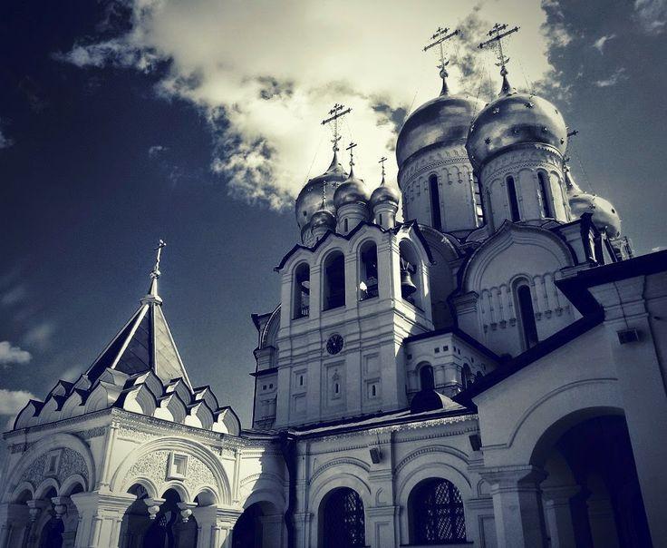 LomoMoscow: Зачатьевский монастырь