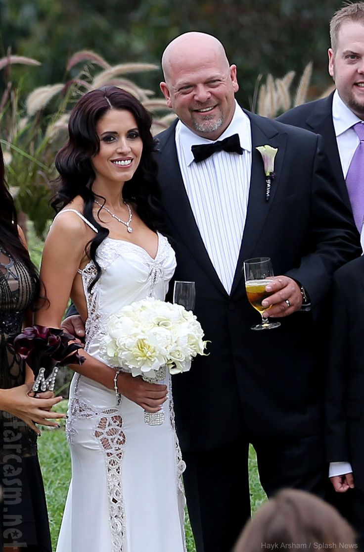 17 best images about pawn stars on pinterest legends for Pawn shops that buy wedding dresses
