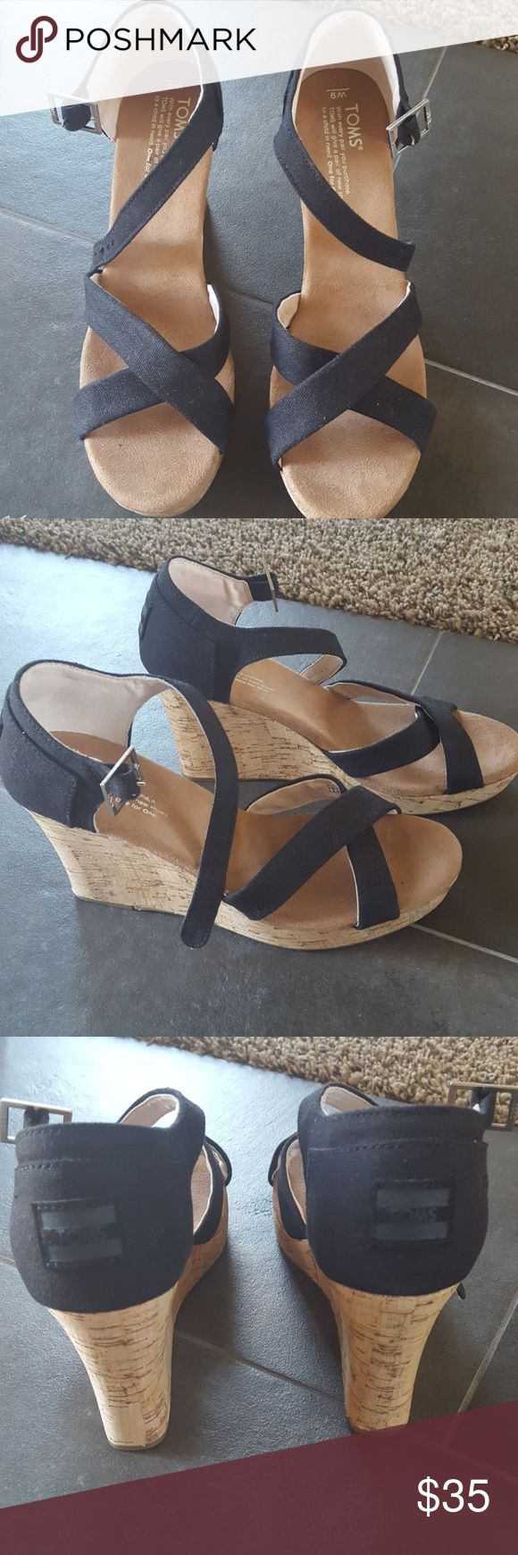 Toms wedge sandal Brand new, never worn, Toms size 9 wedge sandal Toms Shoes Wedges
