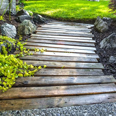 Reclaimed timber and wood pallet paths and walkways