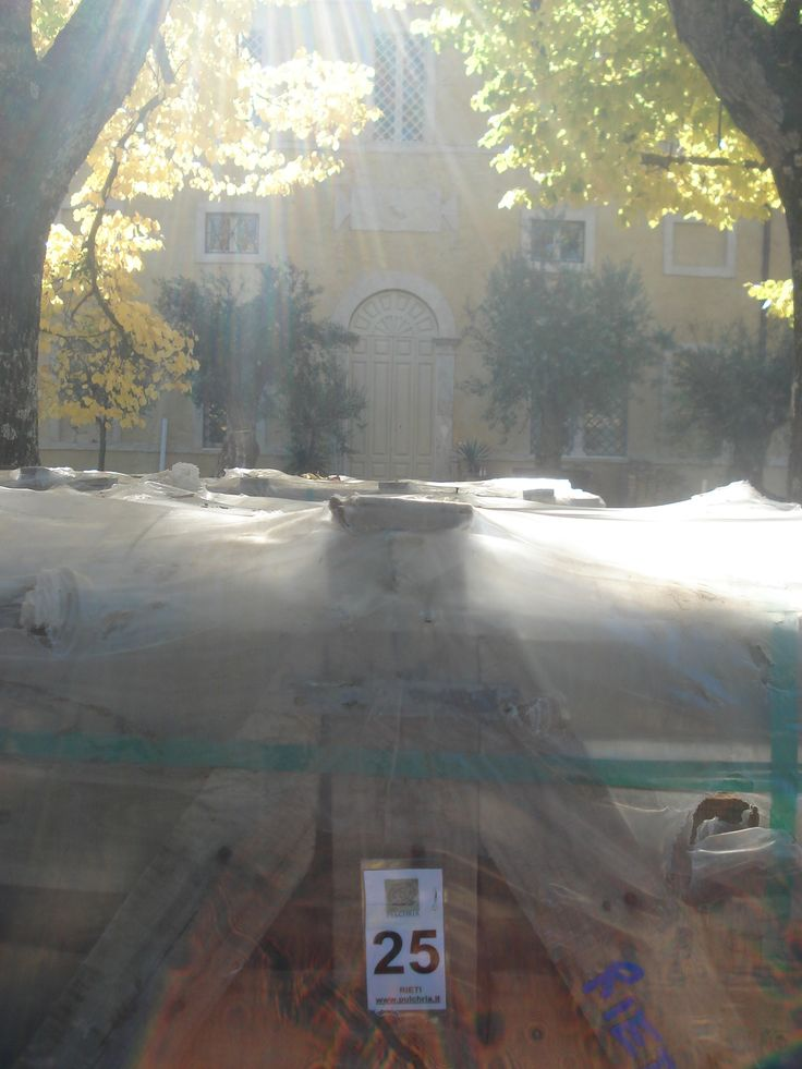 Consegna a domicilio - imballi pavimento esterno in lastre di calcare www.pulchria.it