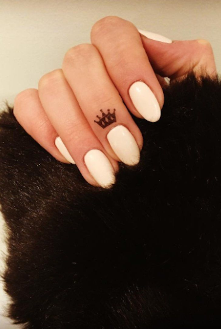 50+ Tiny Crown Tattoos That Will Make You Feel Like a Damn Princess