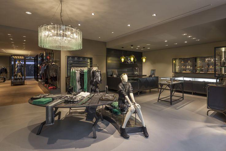 ORVETT per DIESEL / Diesel Store / Francoforte / Esprimiamo i valori del vostro brand realizzando spazi iconici.