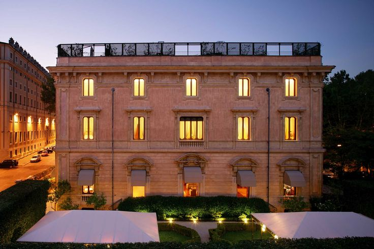 An elegant hotel in a classical villa, What better way to discover the wonders of the Eternal City? - Villa Spalletti Trivelli - Via Piacenza 4 00184 Rome, Italy