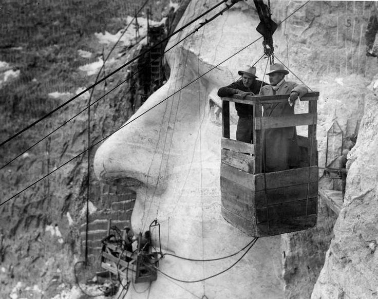Sculptures du Mont Rushmore (USA) Gutzon Borglum quitte le chantier