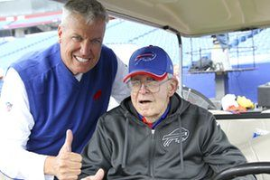 Buddy Ryan and his son, Buffalo Bills' head coach Rex Ryan pose for a photograph in 2015.