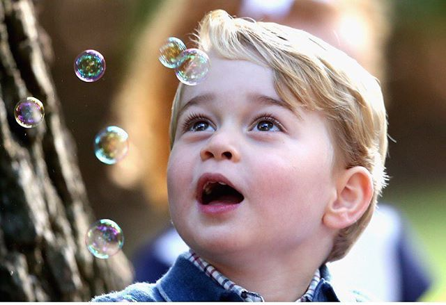 Adorable photo of Prince George playing with bubbles at a children's party held at Government House in Victoria this morning #RoyalVisitCanada  Image © PA