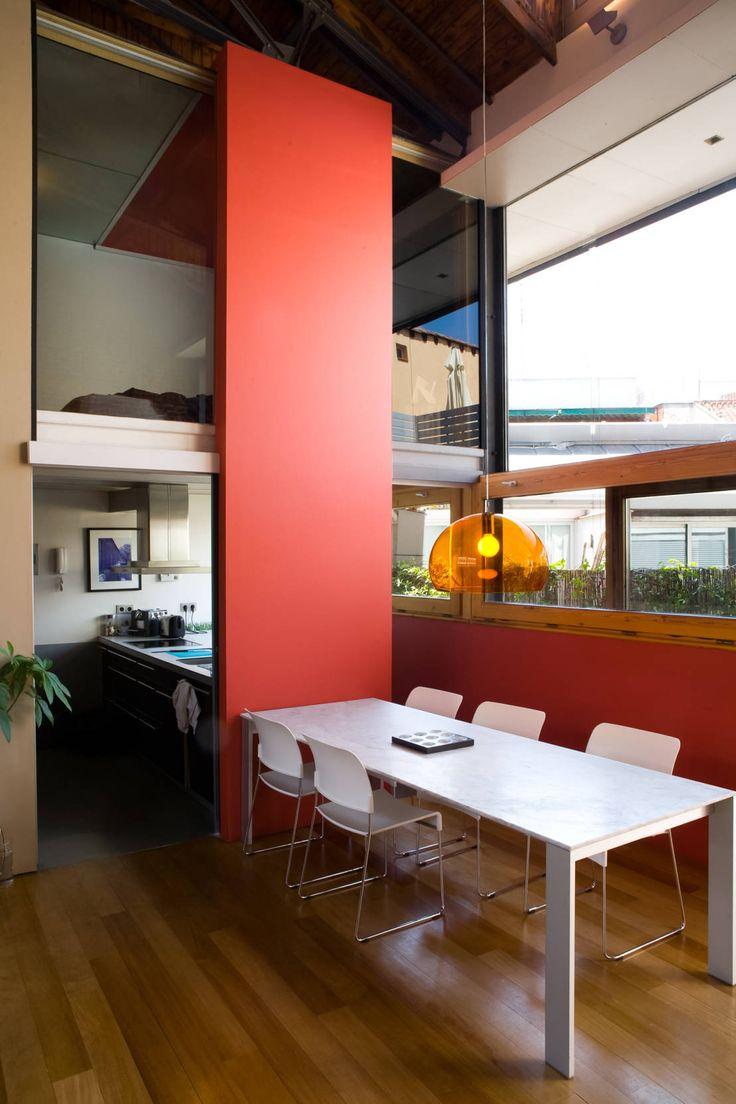 LOFT ATOCHA. Madrid : Salas de jantar industriais por Beriot, Bernardini arquitectos