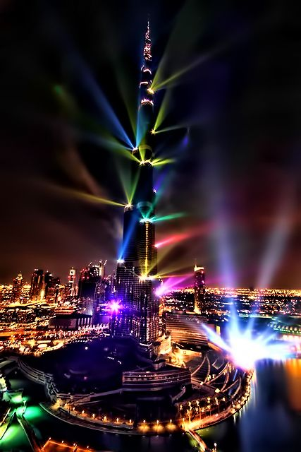 Burj Khalifa isn't just the tallest tower in the world; it also puts on an awesome laser light show! ......wow! Can't wait! :)