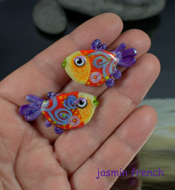 °° FISHIES °° lampwork bead pair by jasmin french