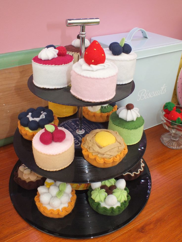 These little felt delights look good enough to eat!