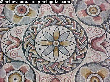 Numerosos mosaicos con hermosas figuraciones geométricas. Villa de Carranque