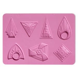 Silicone Mold - 38x33mm-44x40mm Triangle / Shields $11.50