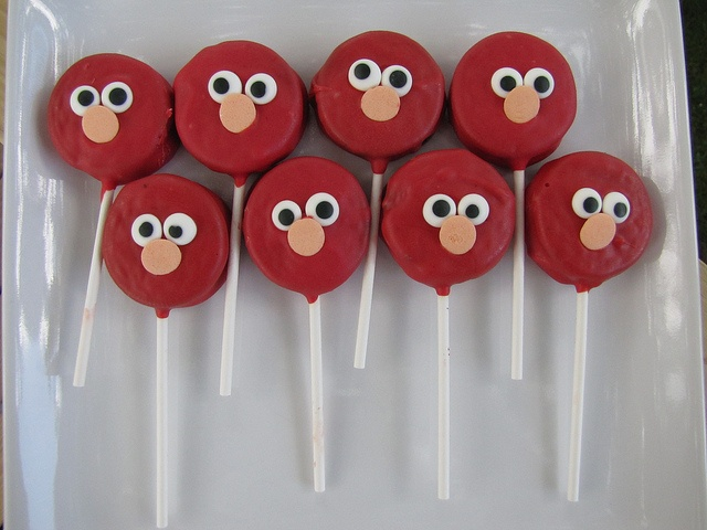 Elmo oreo cookie pops
