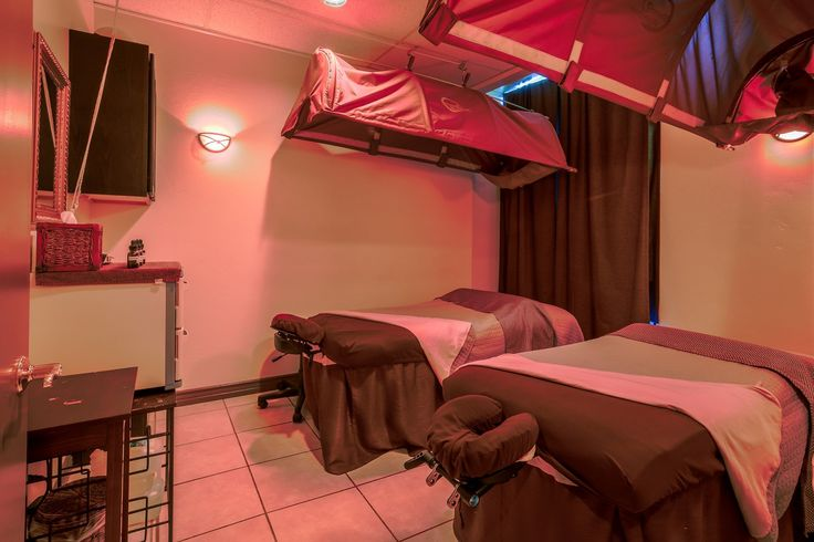 Are you in search of a day spa offering the best massage packages for couples? Simply visit us at Bellagio Salon & Day Spa located in San Diego. We offer you different couple massage spa deals to choose from. Visit us today!