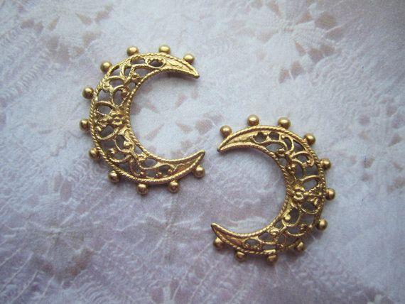 Crescent Moon Filigree Beaded Edge Brass Stampings/Jewelry Supplies on Etsy x2 Lunula pendant - Roman
