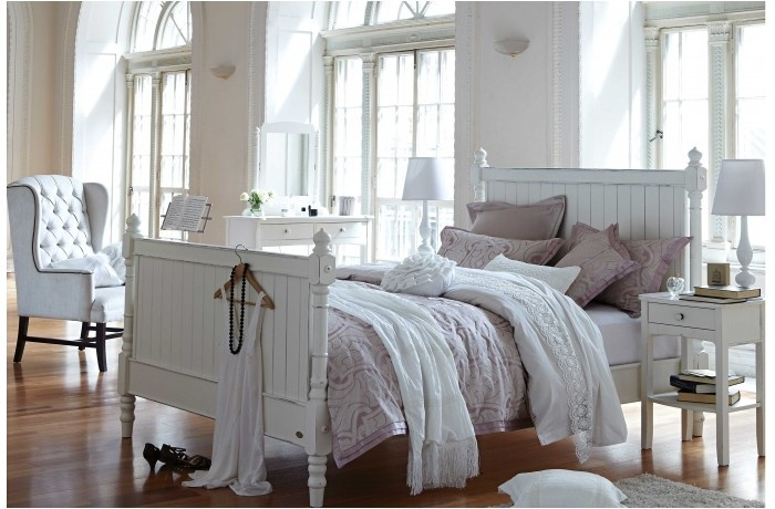 Madeline Queen Bed