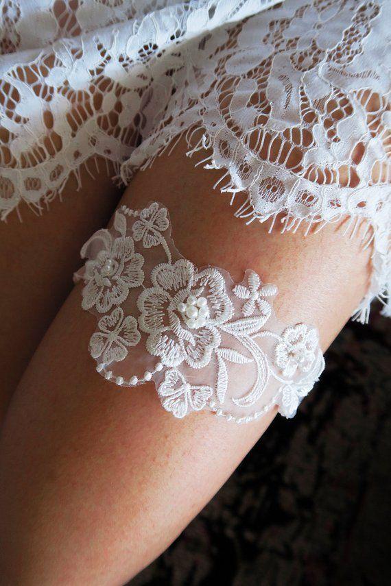Bridal Garter Wedding Garter Ivory Garter Lace Garter Toss Garter Floral Garter Vintag Bridal Accessories Headpieces Wedding Garter Wedding Gifts For Bride