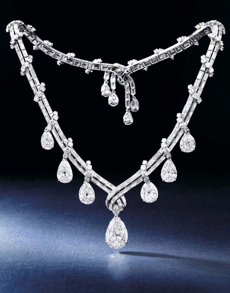 Bulgari jewellery diamond necklace, dating back to the 1950s. Discover the history and style of Bvlgari's incredible and exquisite jewels, both vintage and modern: http://www.thejewelleryeditor.com/jewellery/bulgari-history-of-style-celebrities-iconic-design/ #jewelry
