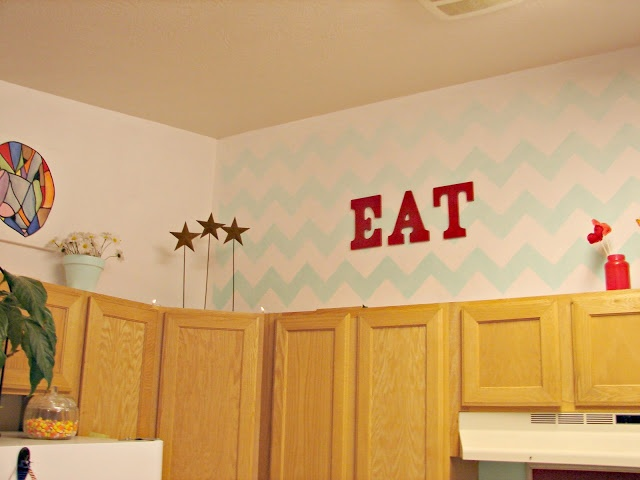 1000 images about above the kitchen cabinets on pinterest for Best spray gun for kitchen cabinets