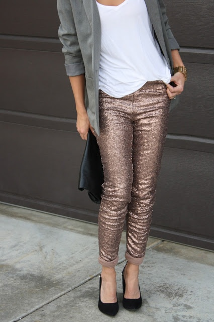 glitter skinnies! // Boyfriend blazer, pumps and tee. Wedding attendee.